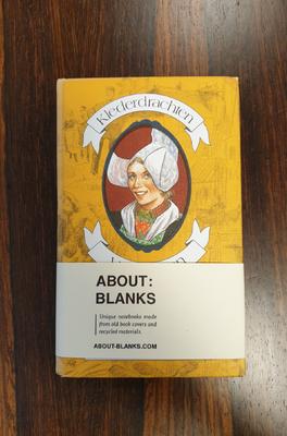About Blanks Notitieboek Klederdrachten