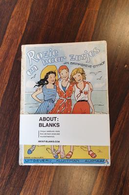 About Blanks Notitieboek Rozie en haar zusjes