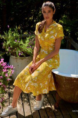 Vacant jurk kelly sunny geel