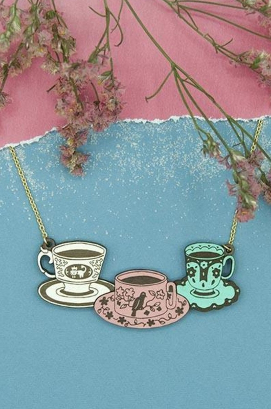 Materia Rica ketting three tea sets