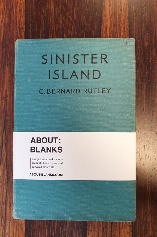 About Blanks Notitieboek Sinister Island