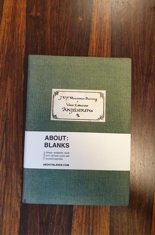 About Blanks Notitieboek Voor Twee Stuiver Anjelieren